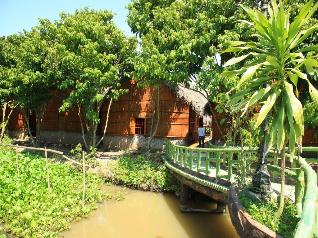 Du lịch sinh thái Cần Thơ tại khu sinh thái Hoa Sứ