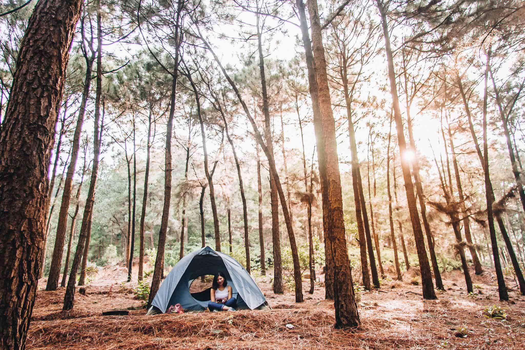 đi dã ngoại cắm trại ở núi hàm lợn