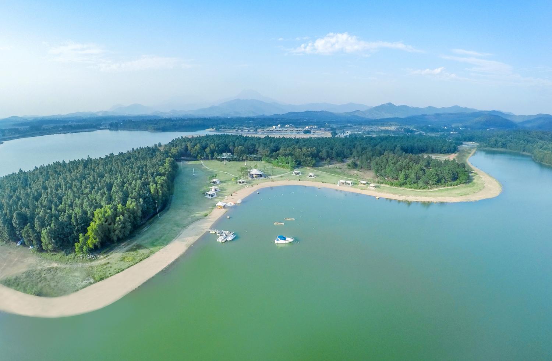 không gian khu du lịch sinh thái hồ Đại Lải