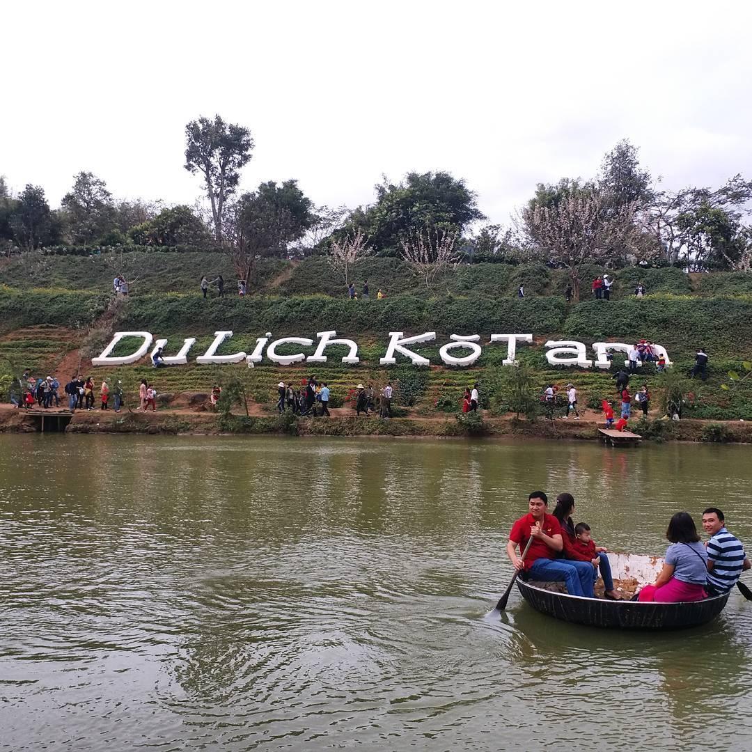 hoạt động chèo thuyền thú vị tại kotam