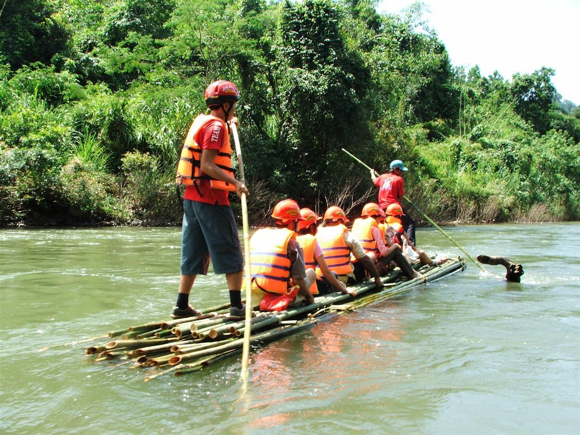 vui chơi tại khu du lịch Madagui lâm đồng