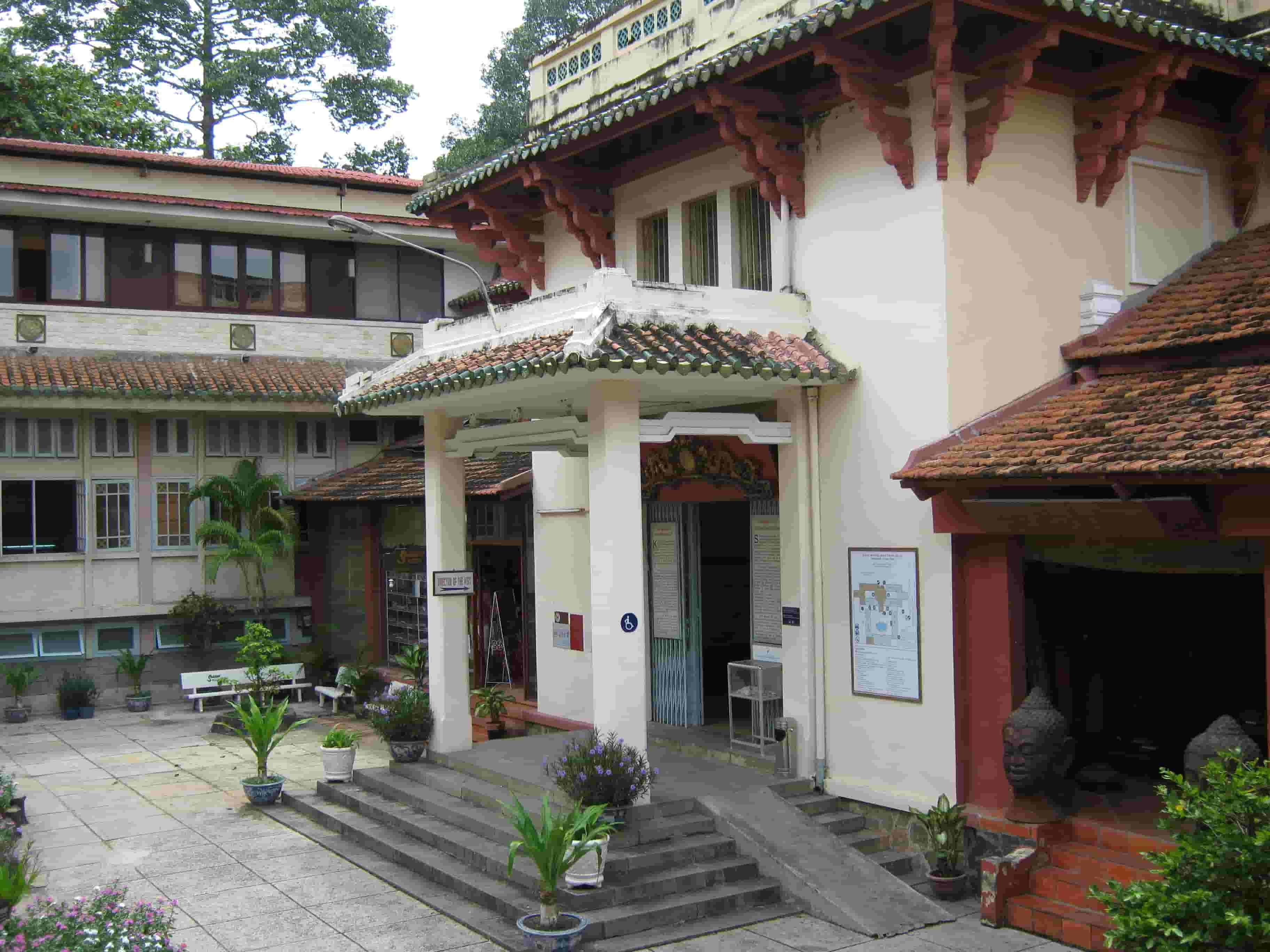 Bảo tàng lịch sử Việt Nam- danh lam thắng cảnh Sài Gòn