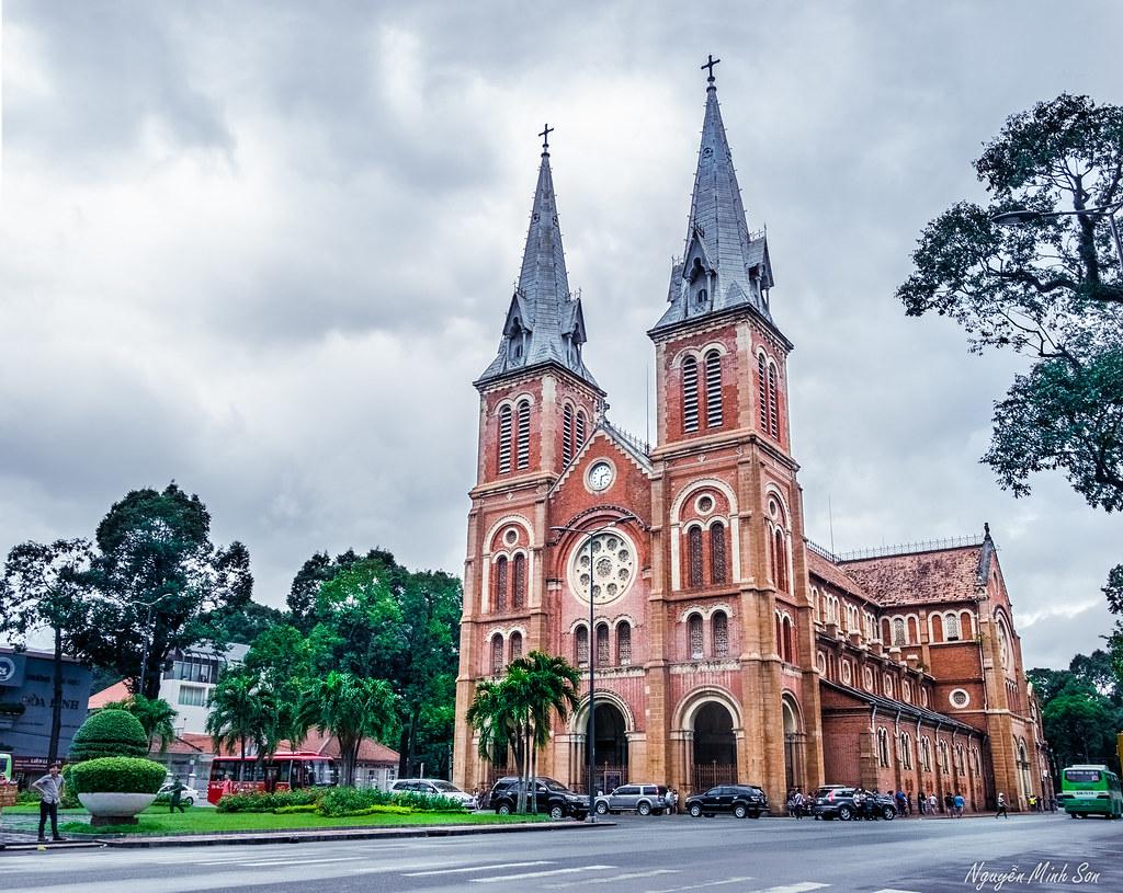 Nhà thờ Đức Bà- danh lam thắng cảnh Sài Gòn