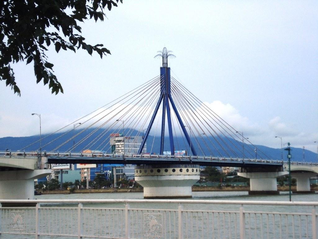 cầu sông hàn hiện đại bậc nhất