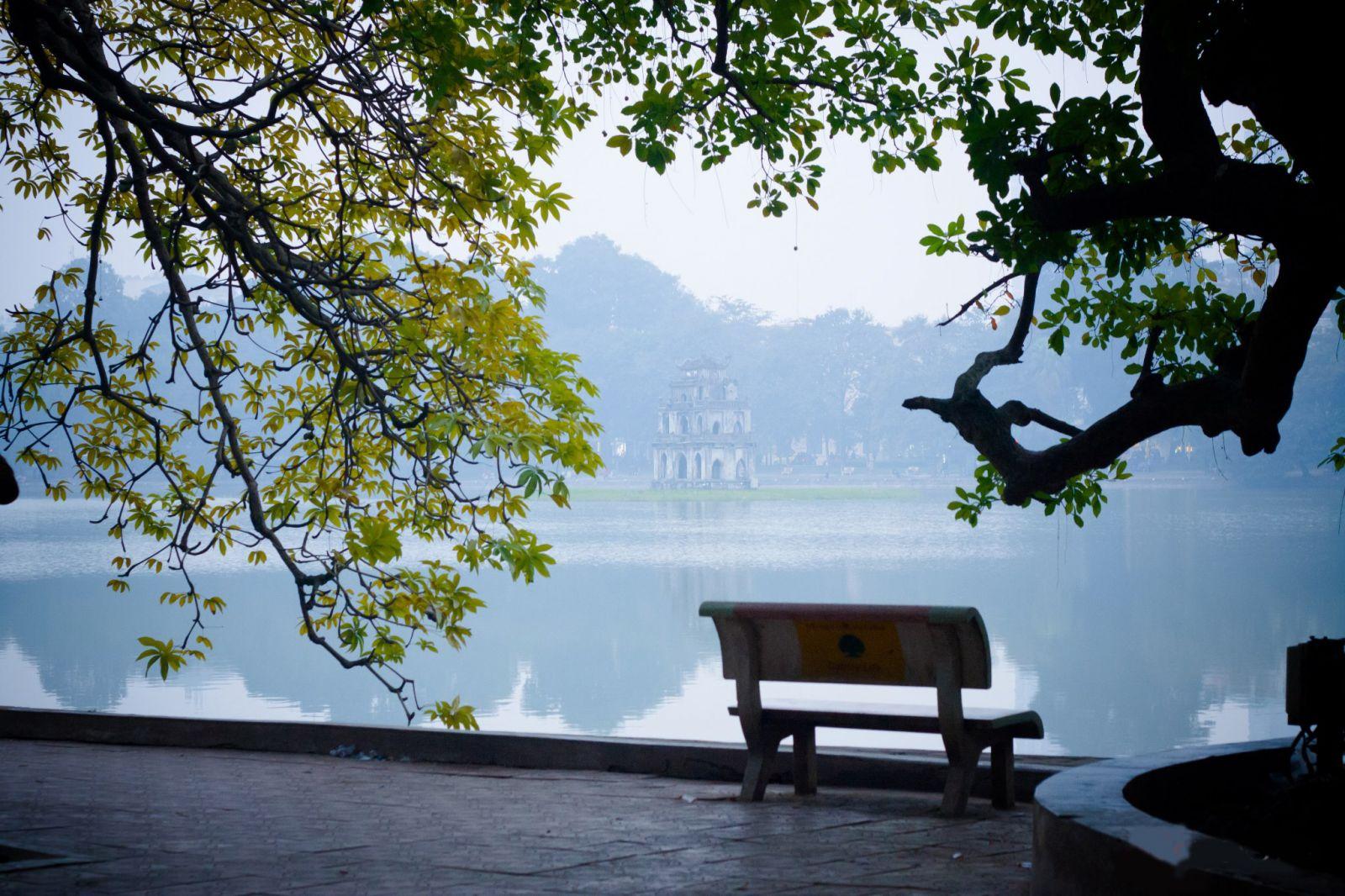 Phong cảnh mùa đông miền Bắc tại thủ đô Hà Nội