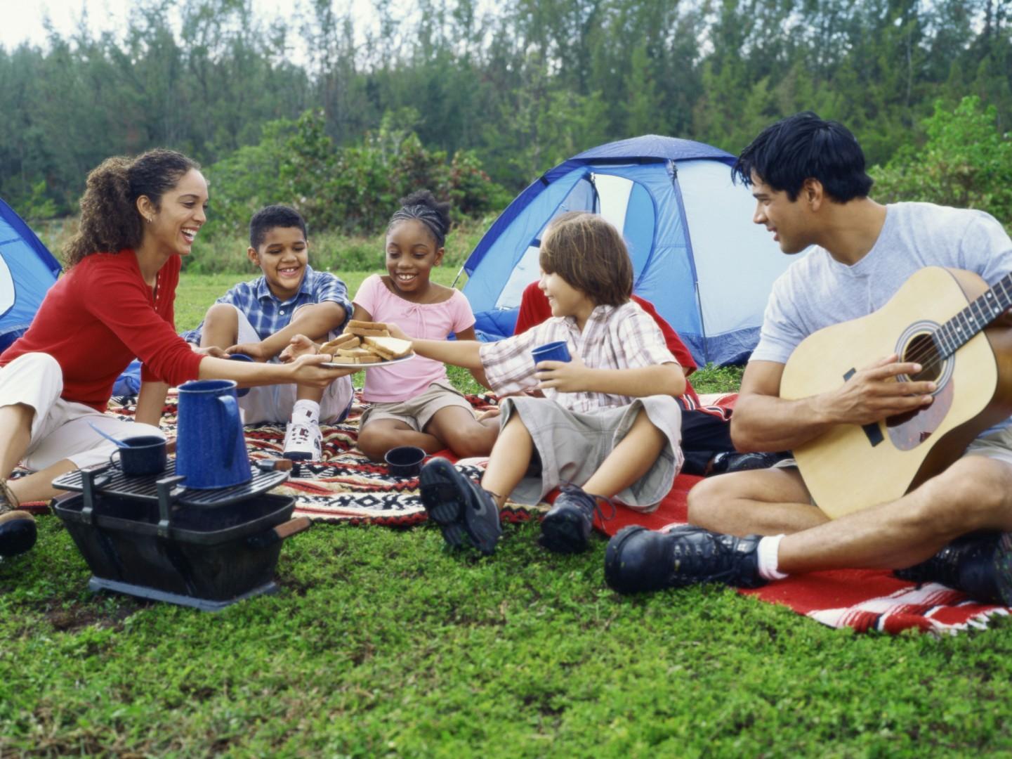 cắm trại gia đình