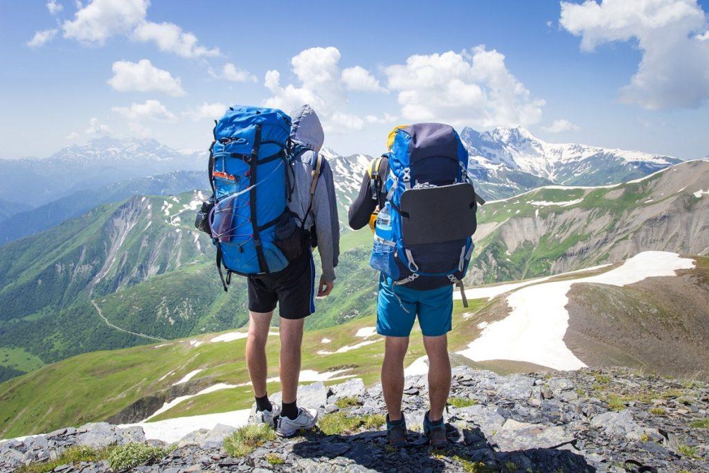 đi trekking cần chuẩn bị những gì