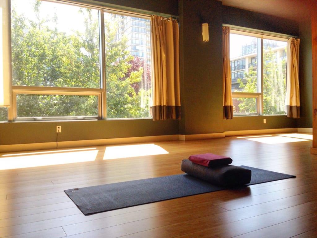 tập Yoga tại nhà cho người mới bắt đầu