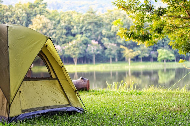 hoạt động cắm trại ngoài trời